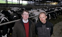 AgriSearch Project Manager Jason Rankin and Dr Gareth Arnott AgriSearch / QUB International Dairy Research Fellow