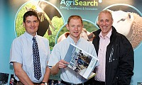 Dr Conrad Ferris (AFBI), Dr Gareth Arnott (QUB) and David Stewart (Vice-Chair Dairy Advisory Committee AgriSearch)